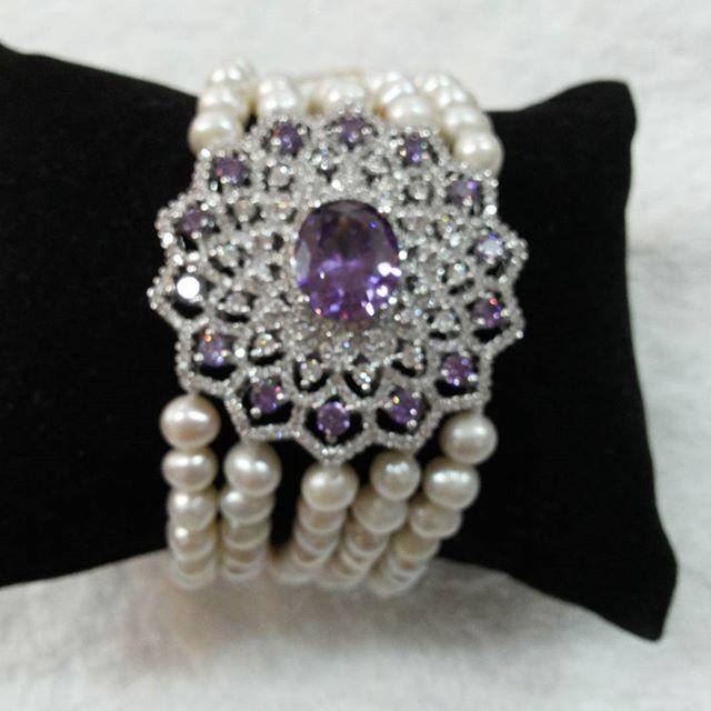 Foto: Produk perhiasan mutiara D'PEARL/Dok: indotrading.com