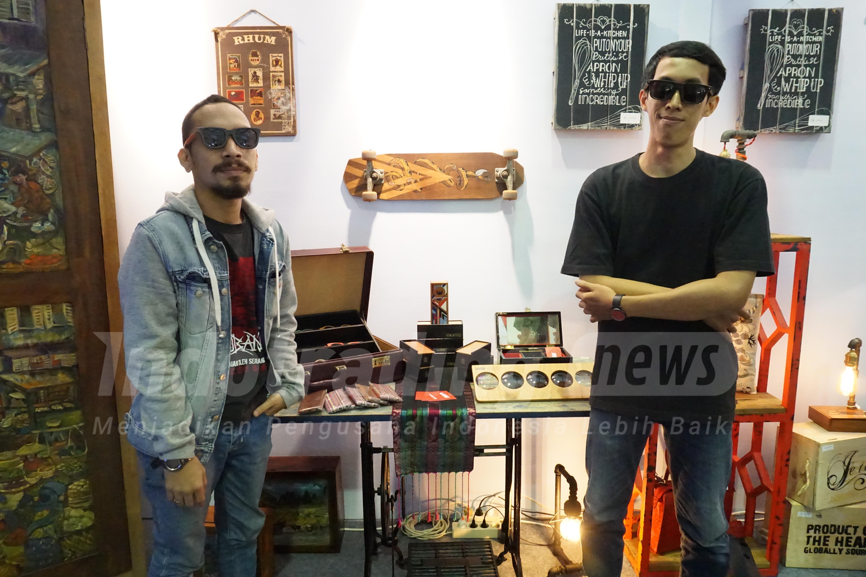 Foto: Pemilik Kabau, Reinanto Ahmad Aditya (baju hitam)/Dok: indotrading.com