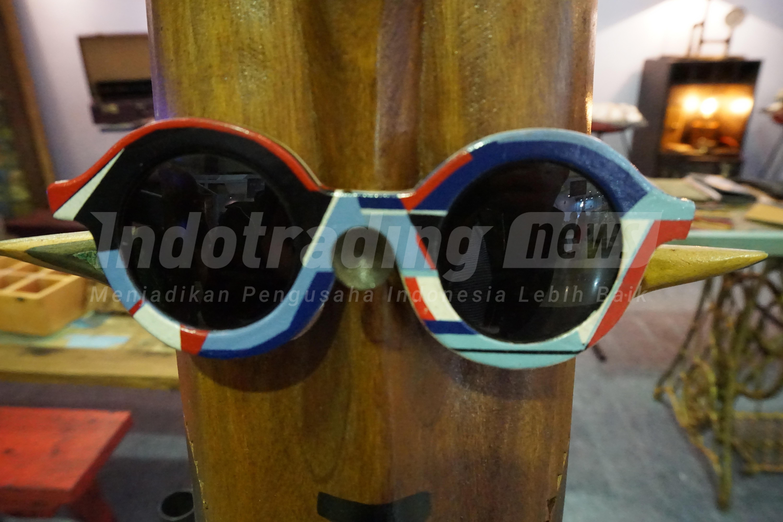 Foto: Salah satu model kacamata dengan brand Kabau/Dok: indotrading.com
