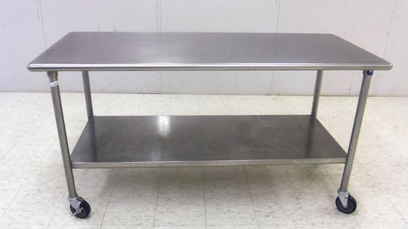 alasan memilih meja stainless steel