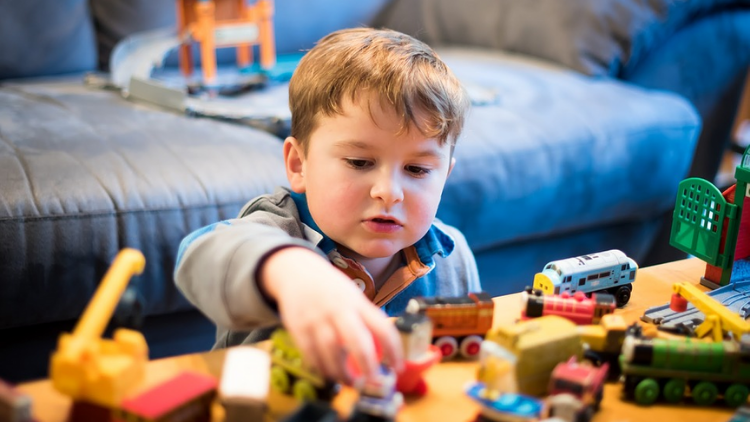 bisnis mainan anak