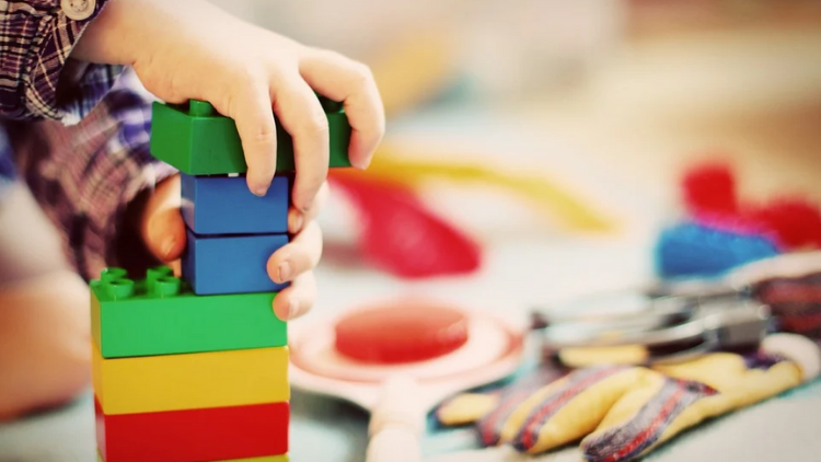 bisnis mainan anak 8