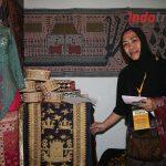Raup Omzet Puluhan Juta Dari Bisnis Jualan Kain Tenun Khas Lampung