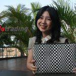 Pernah Bangkrut, Yuliana Lim Raup Untung Dari Tas Rotan Sintetis