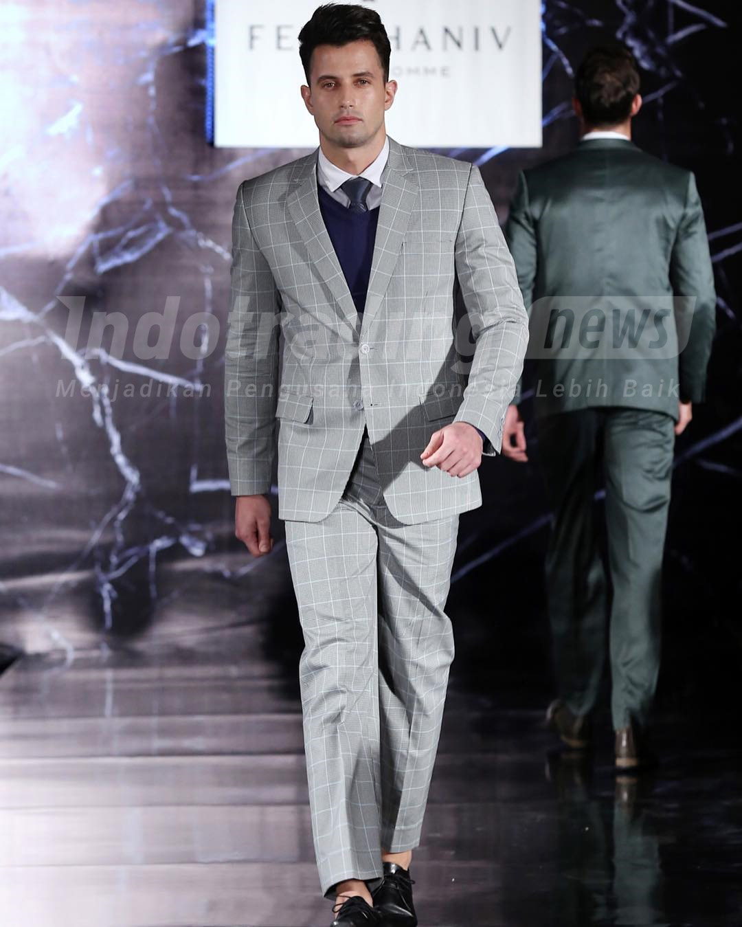 Foto: Busana pria karya Feby Haniv/Dok: indotrading.com