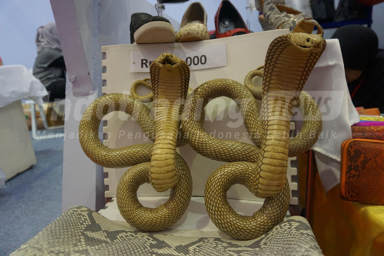 Foto: Hiasan interior ular Dania Handycraft karya Yeni Setiowati/Dok: indotrading.com.