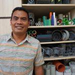 Kisah Darwin Manurung: Dari Karyawan Toko Pipa Kini Jadi Bos Pipa