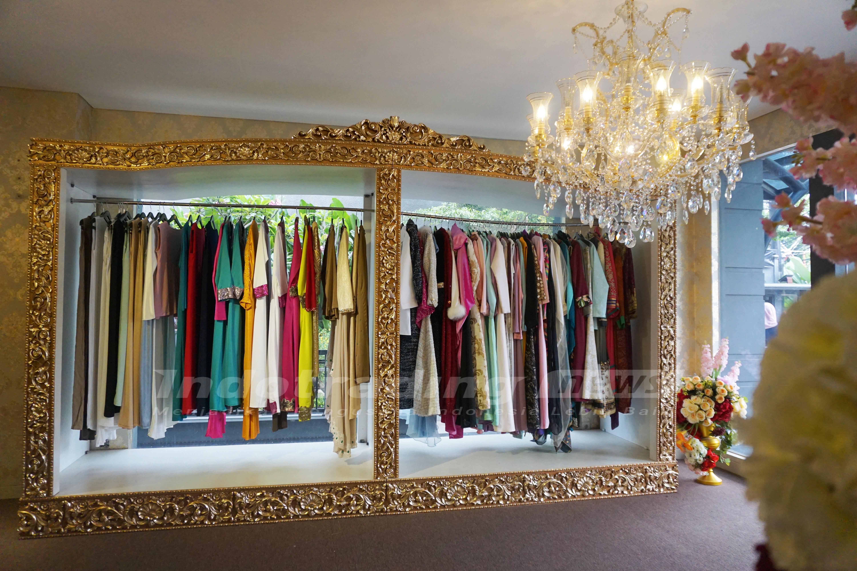 Foto: Berbagai koleksi busana karya Anniesa Desvitasari Hasibuan/Dok: indotrading.com