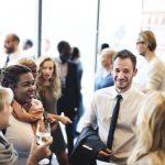 4 Tips Bagaimana Memulai Percakapan yang Baik Saat Networking